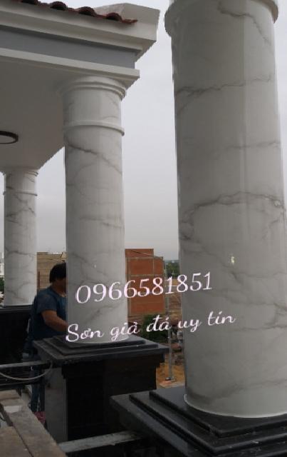 Cột sơn giả đá cẩm thạch tại đà nẵng